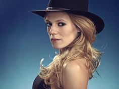 Emma Bell - Dallas Season 3