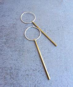 Einfache kleine gold Bar Ohrringe mit Sterling Silber Creolen, moderne minimalistische alltäglichen Schmuck.