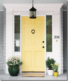 Great front door color, goes great with the grey shingles and white trim- Benjamin Moore hawthorne yellow Yellow Front Doors, Painted Front Doors, Best Front Door Colors, Home Upgrades, Home Design, Design Ideas, Interior Design, Studio Design, Interior Ideas