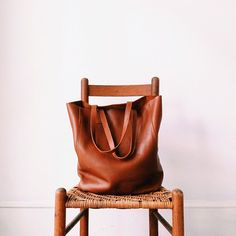 Leather tote bag / by Cuyana (photo by Tim Robinson Jr)