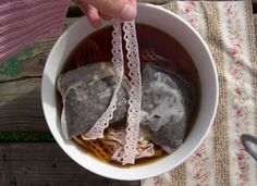 10 Surprising Things You Can Do with Used Tea Bags Used Tea Bags, Ways To Recycle, Fun Cup, How To Dye Fabric, Dyeing Fabric, You Can Do, Fun Crafts, Projects To Try, Homemade