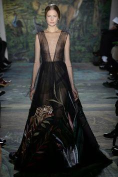Mis Queridas Fashionistas: Valentino Haute Couture Spring Summer 2014- Paris
