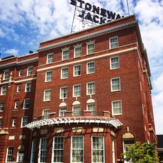 This Historic Hotel Was Such An Amazing Wedding Venue The Stonewall Jackson In Staunton