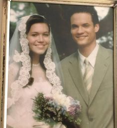 """And to remind us how much this movie made us cry, Mandy Moore posted a throwback pic of her and Shane West's characters' wedding day. (You know, the wedding they have before SHE DIES.) Mandy Moore Found An Old """"A Walk To Remember"""" Prop And It's Amazing Wedding Dress Necklace, Wedding Day Quotes, Wedding Countdown, Mandy Moore, Wedding Crashers, Wedding Dress Styles, Marriage, Wedding Dj, Wedding Venues"""
