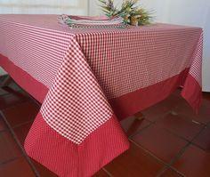 Receba seus convidados com estilo!  Essa Toalha de mesa personalizada pode ser uma peça maravilhosa no seu almoço, jantar, lanche, piquenique ou churrasco. Ótimo item para casa de campo, praia ou para presentear.  Confeccionada em tecidos fio tinto xadrez renaux 100% algodão e acabamento em trico...