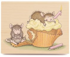 Birthday Cupcake - HMJR1007 - The Official House-Mouse Designs® Web Site