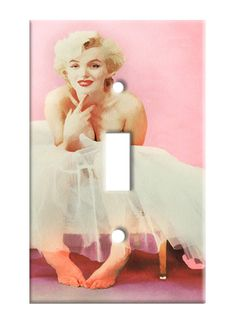 Marilyn Monroe Pink - Single Toggle Light Switch Plate