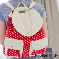 need a new and cute bag for school?..  here is one.. this is a MUST have..  plus it can be wear in different ways..