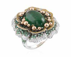 Peony Emerald. Ring. #Ring #Juwelen #Jewelry #LillyZeligman www.lillyzeligman.com
