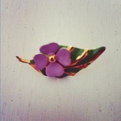 Brooch whit flower leaf jewelery for sale