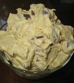 Snickers Caramel Apple Salad Recipe -- this is a terrible photo, but this stuff is DELICIOUS! Snickers Caramel Apple Salad, Caramel Apples, Apple Caramel, Just Desserts, Delicious Desserts, Yummy Food, Think Food, Love Food, Dessert Salads