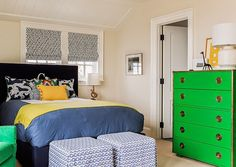 Kelly green and navy kids room