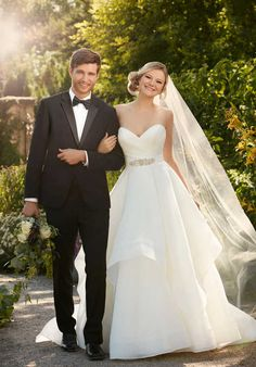 Essense of Australia D2094 Ball Gown Wedding Dress