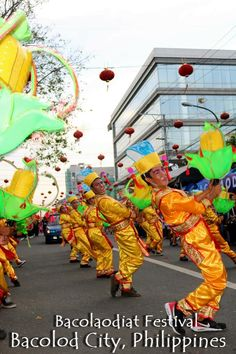 Bacolod City Bacolaodiat Festival is the City of Smile's  version of Chinese New Year Celebration. While Bacolaodiat Festival is relatively a young festival in Bacolod City, it is already attracting various tourist from different parts of the country.