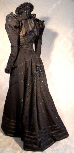 HALF MOURNING DRESS 1898