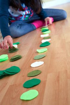 DIY St. Patrick's Day Garland using felt