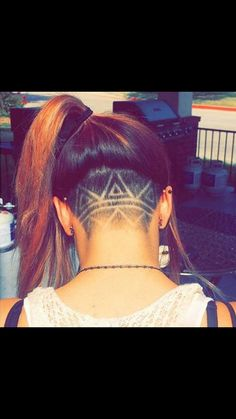 Awesome undercut pattern shave. If only my hair were thicker!                                                                                                                                                                                 Más
