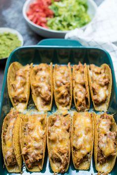 Baked Chicken Tacos Baked Chicken Tacos, Chicken Taco Recipes, Oven Recipes, Baby Food Recipes, Slow Cooker Recipes, Mexican Food Recipes, Chicken Enchiladas, Family Recipes, Cinco De Mayo