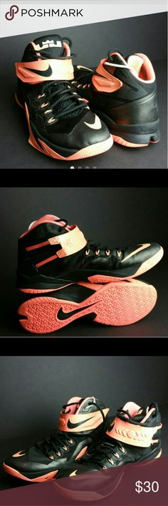 NIKE LEBRON MEN'S SHOES VERY CLEAN INSIDE-OUT WITH MINOR SCUFFS WHICH IS NOT NOTICEABLE WHEN YOU HAVE IT ON   SKE # ZC NIKE  Shoes Sneakers