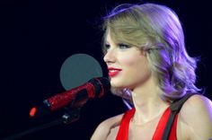 Taylor Swift Short Hair Photos | Taylor Swift Haircut Pics Video | Gossip Cop