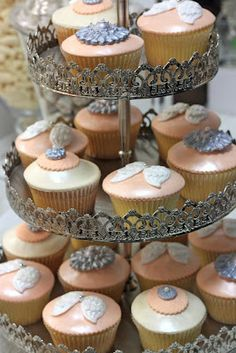 Angel wing cupcakes