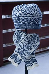 Ravelry: Winter Rose Hat/Vinterrose Lue pattern by Wenche Roald Mittens Pattern, Knit Mittens, Knitted Gloves, Knitting Socks, Hand Knitting, Fair Isle Knitting Patterns, Knitting Designs, Norwegian Knitting, Rose Hat