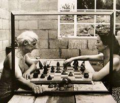 Max Ernst et Dorothea Tanning in Sedona, Arizona 1948
