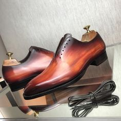 Andres Sendra Shoemaker wholecut dress shoes. Collin sparta patina. Follow @runnineverlong on Instagram for more inspiration #shoes
