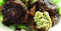 """Rabo de toro con """"dumplings"""" de hierbas http://www.eblex.es/ver_recetas_sencillas.php?id_receta=251 #recetas #gastronomía"""