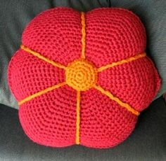 Free Crochet Poppy Pillow Pattern