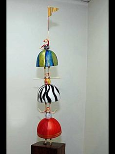 Totem, by Gina Celeghini. Brazilian Artist form Minas Gerais.