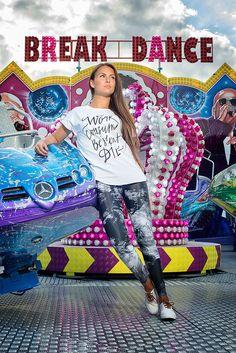 7d2042052dd Consume   Dámská trička Youngprimitive. Originální tričko pro holky.