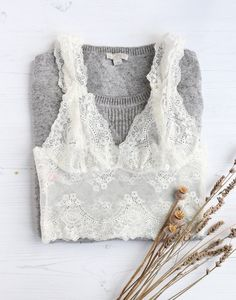 ZAFUL offers a wide selection of trendy fashion style women's clothing. Satin Lingerie, Lingerie Outfits, Pretty Lingerie, Women Lingerie, Lingerie Sets, White Lace Bralette, Body Suit Outfits, Outfit Trends, Lingerie Collection