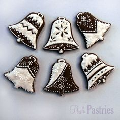 beautiful bells from posh pastries Christmas Sugar Cookies, Christmas Sweets, Christmas Bells, Holiday Cookies, Christmas Baking, Crochet Christmas, Christmas Angels, Gingerbread Decorations, Christmas Gingerbread