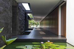 Jakarta House | Bedmar & Shi