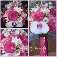 Bouquet  de rosas, orquídeas,  liziantos e stephanotis