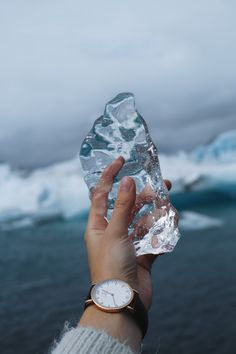 watch for her | adventure | abenteuerlust | explore | fernweh | gift idea | winter | picture by frauke_hagen | Campus Brown Leather by Kapten & Son