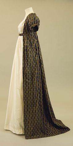 Regency dress, 1800s.