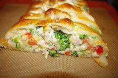 Pampered Chef Chicken and Broccoli Braid Pampered Chef Broccoli Braid Pampered Chef Party, Pampered Chef Recipes, Cooking Recipes, Pampered Chef Chicken Braid Recipe, Pampered Chef Chicken Recipe, Cooking Ideas, Crockpot Recipes, Chicken Broccoli Braid, Cooked Chicken