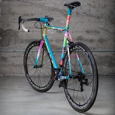pedalitout: B O O M @manualforspeed doesn't mess around with bikes by @AboveCategory http://ift.tt/1gRquR9