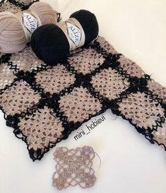 Hırkam şekillenmeye başlarken ben de motiflerimi yapmaya devam ediyorum. Nasıl oluyor sizce? 🧶 #yelekmodelleri #örgümodelleri… Crochet Cardigan, Crochet Shawl, Crochet Stitches, Crochet Patterns, Granny Square Crochet Pattern, Crochet Granny, Crochet Market Bag, Crochet Fabric, Crochet Clothes