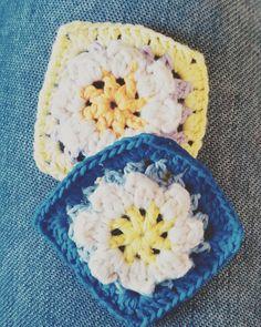 2016.3.26 : つぎのブランケット なかなか色味が定まらず 迷ってましたが ようやく見えてきたー : 北海道新幹線がいよいよ 今日から開通しました ヤマトは自分が乗る日を とっても楽しみにしてます いつ乗れるかな : #crochet #crocheting #instacrochet #yarn#knit #colorlove #かぎ針編み #モチーフ編み by 9yamayama24