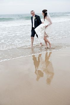 Torquay beach wedding photography. By Melbourne's Precise Moment Photography