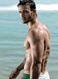 Wiehahn Stiglingh in Men's Health magazine 02 Men's Health Magazine, Types Of Guys, Guy Pictures, Interesting Faces, Gorgeous Men, Male Models, Sexy Men, Hot Men, Sexy Guys