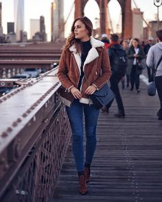 "Gefällt 27.5 Tsd. Mal, 100 Kommentare - OOTD Magazine (@ootdmagazine) auf Instagram: ""Crossbody bag via @camelia_roma |ph by @winstonandwillow"""