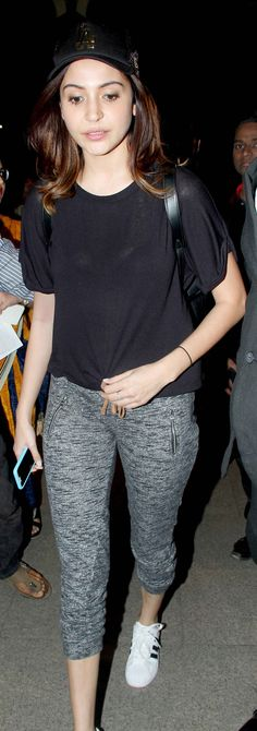 Anushka Sharma clicked at the Mumbai airport. #Bollywood #Fashion #Style #Beauty