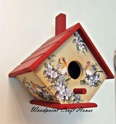 Bird Houses Painted, Decorative Bird Houses, Bird Houses Diy, Painted Cottage, Bird House Feeder, Diy Bird Feeder, Tole Painting, Painting On Wood, Homemade Bird Houses