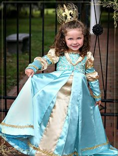 diy kleidung karnevalskostüme blaue königin