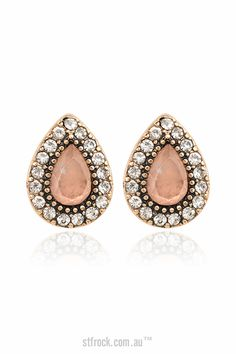 Samantha Wills Endless Love Stud Earrings in Blush $75.90 Add some understated sparkle to your next special occasion with the Endless love Stud Earrings. A Floss Stone is encased in burnished Gold and surrounded by tiny crystals to bring out the bohemian goddess within earring.