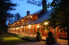 Select Registry Glen-Ella Springs Bed & Breakfast - Glen-Ella Springs Inn & Meeting Place is located between Tallulah Falls and Clarkesville, GA in the northeast corner of the state. This historic 16 room inn also has a fine dining restaurant on site.